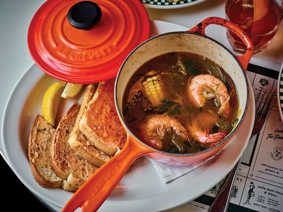 karl's detroit shrimp boil